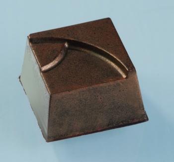 Kommivorm polükarbonaadist kandiline